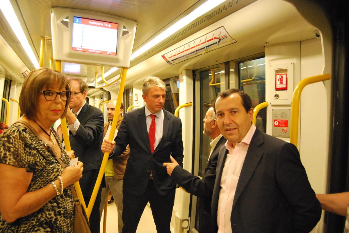 La demanda de viajeros en el Metro aumenta un 20 por ciento con el inicio del curso universitario