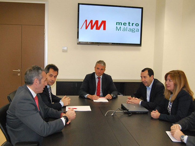 Metro de Málaga firma un convenio con Vodafone para dar cobertura de telefonía móvil en túneles y estaciones